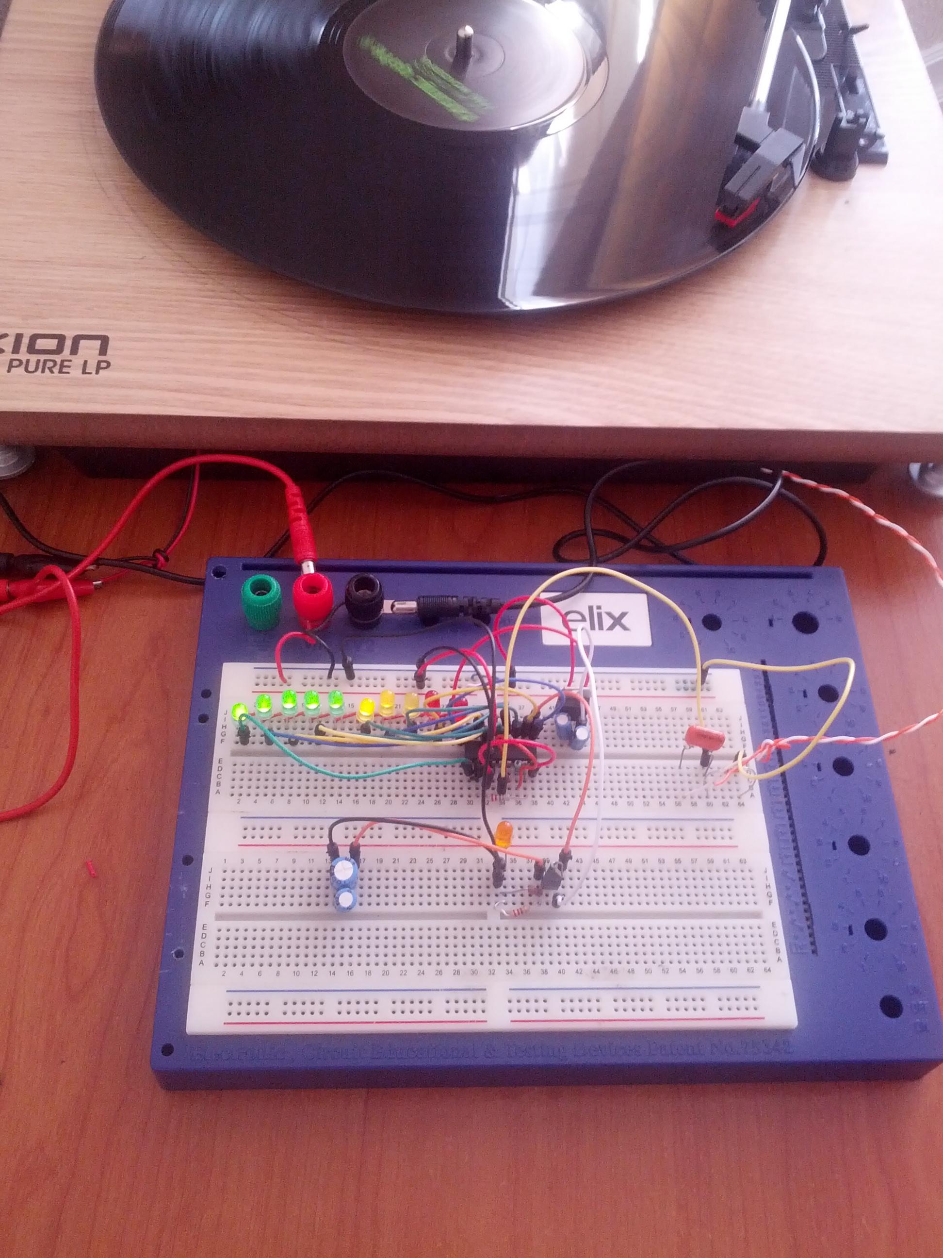 Adding Stereo Vu Meters To A Turntable Michael Duerinckx Lm3915 Meter Circuit Filter I Playing Record Connected Breadboard With Some New Additions