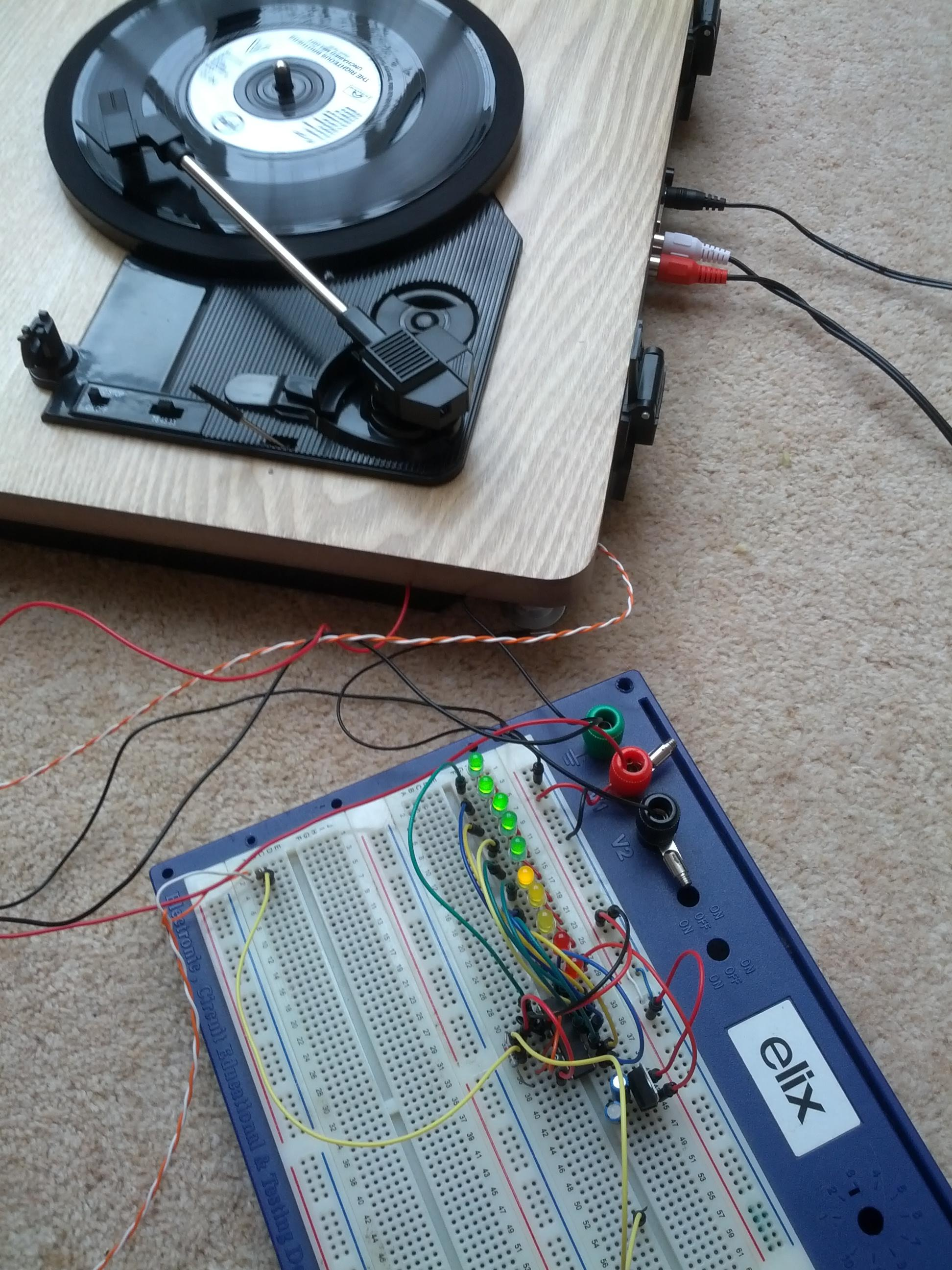 Adding Stereo Vu Meters To A Turntable Michael Duerinckx Led Lm3915 Meter Not Working Properly Electrical Engineering Playing Record With Wires Coming Out Of It Connected Breadboard