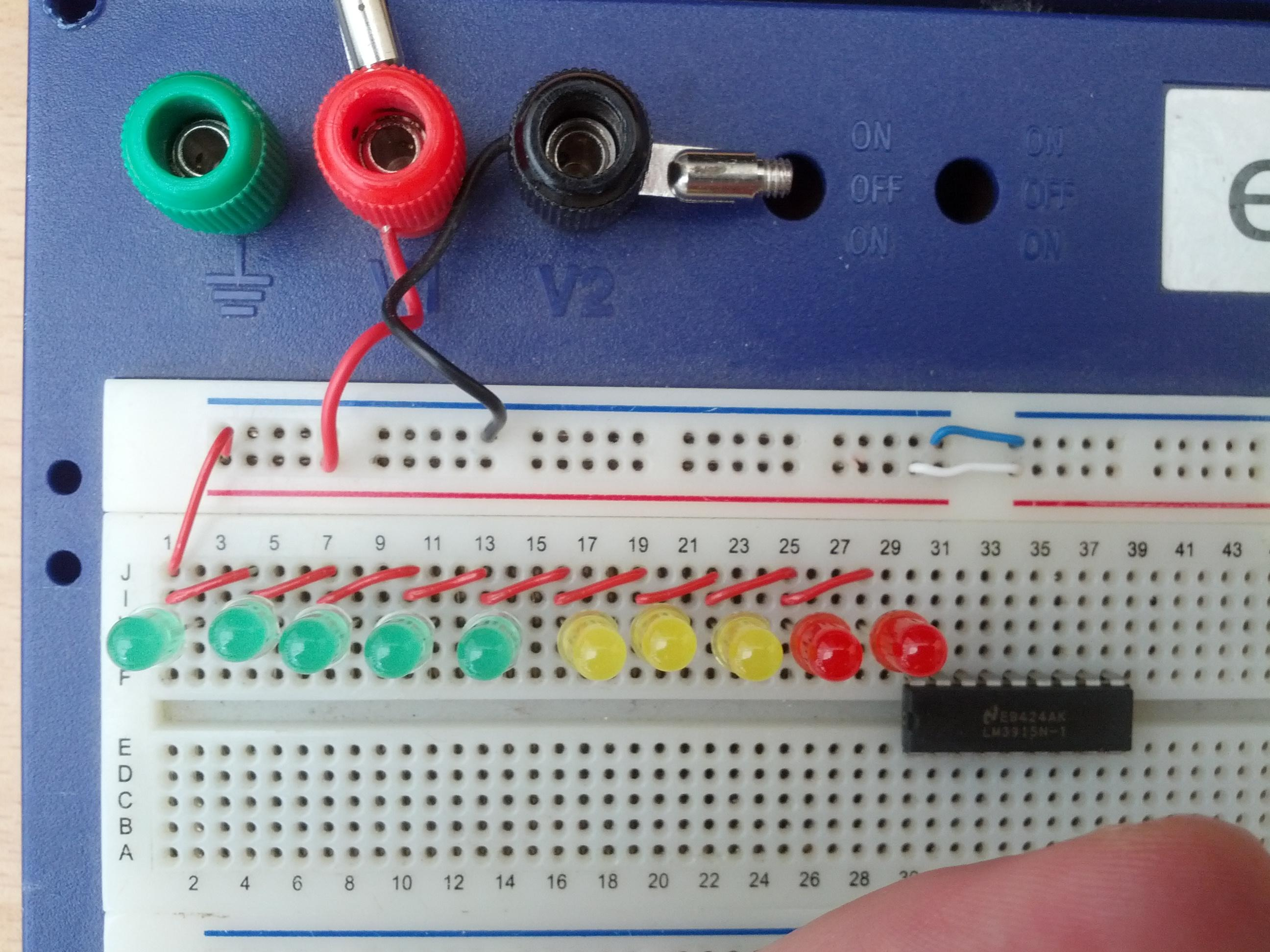Adding Stereo Vu Meters To A Turntable Michael Duerinckx How Build Meter 1 Circuit Diagram Row Of Leds With The Anodes Wired Together Neatly